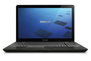 Lenovo IdeaPad U550 (SU4100 / 500 GB / 1366x768 / 4096 MB / Intel GMA 4500MHD / Windows 7 Home Premium)