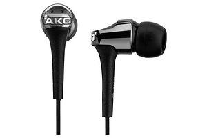 AKG K 390
