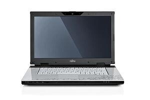 Fujitsu Amilo Pi 3560 (T4400 / 500 GB / 1366x768 / 4096MB / GT 240M)