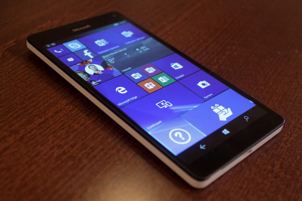 Arvostelu: Microsoft Lumia 950 XL