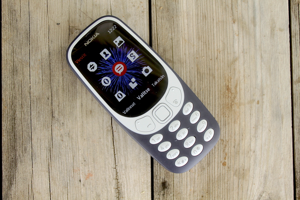 Arvostelussa Nokia 3310 – Legendaarisen peruspuhelimen paluu