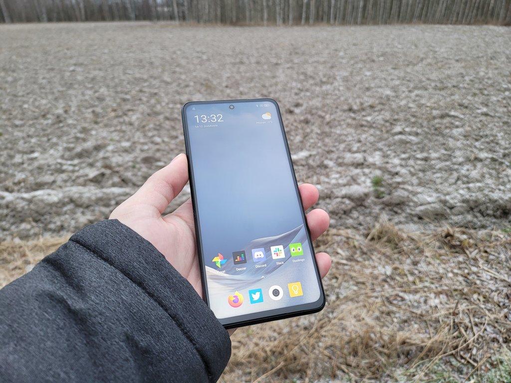 Poco X3 NFC arvostelu: paljon puhelinta järkevään hintaan