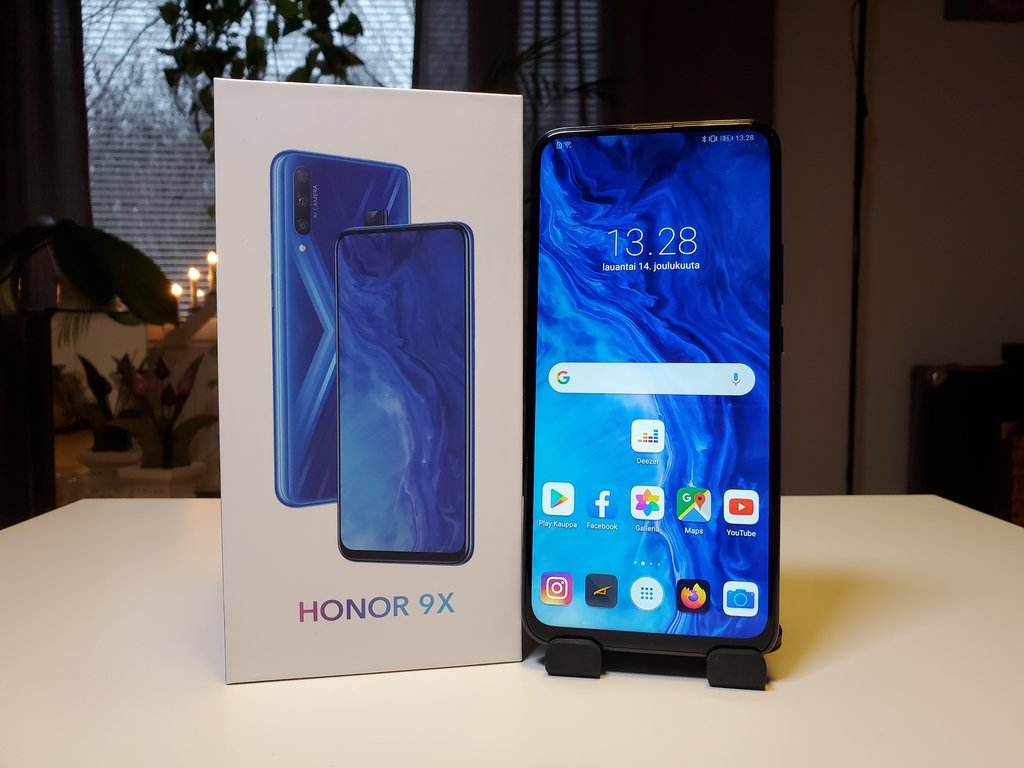 Testissä Honor 9X: Suuri akku ja suuri näyttö puhelimen vahvuuksia
