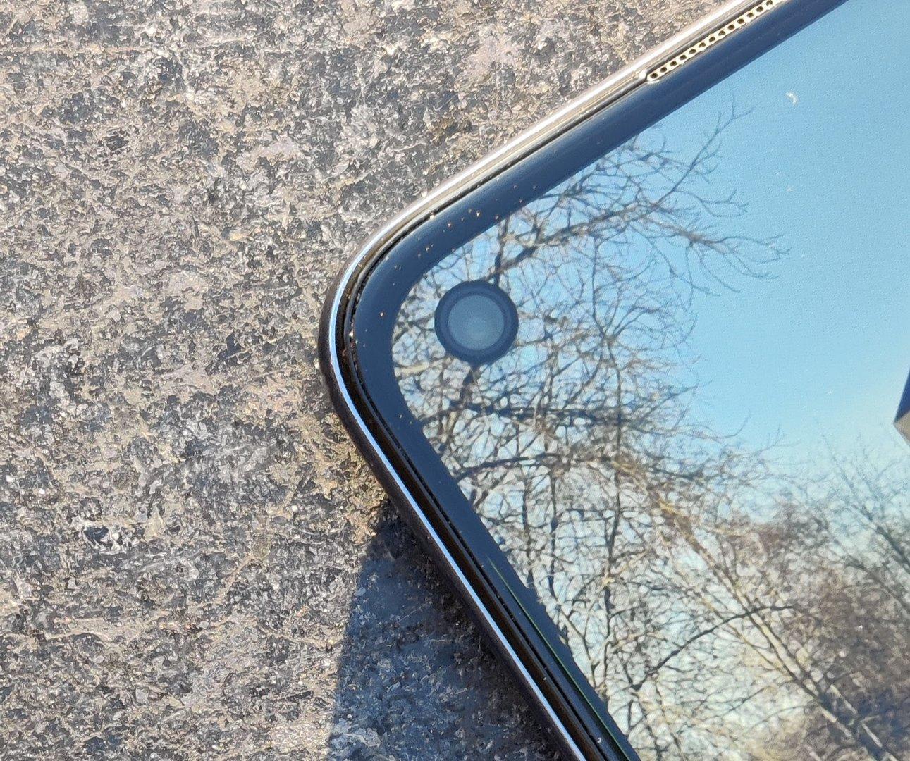 OnePlus Nord N10 5G punch hole -etukamera