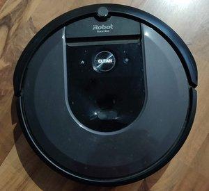Roomba i7+ ylhäältäpäin