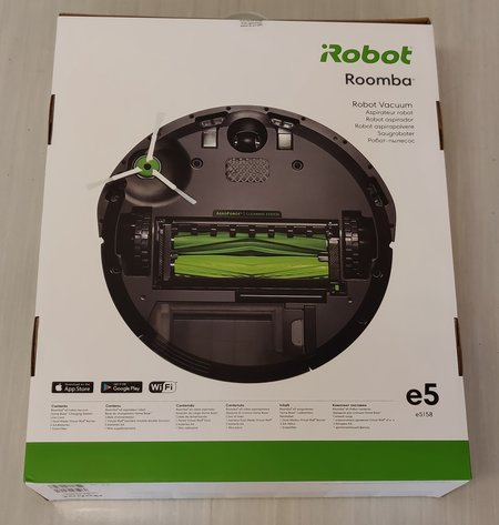 Roomba e5 retail sale box