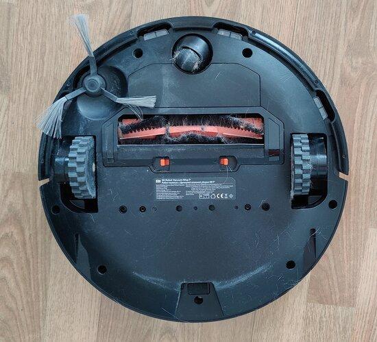 Mi Robot Vacuum-Mop P pohjasta