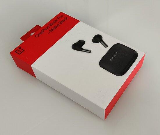 OnePlus Buds Pro myyntipakkaus