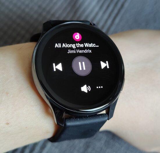 OnePlus Watch music controls