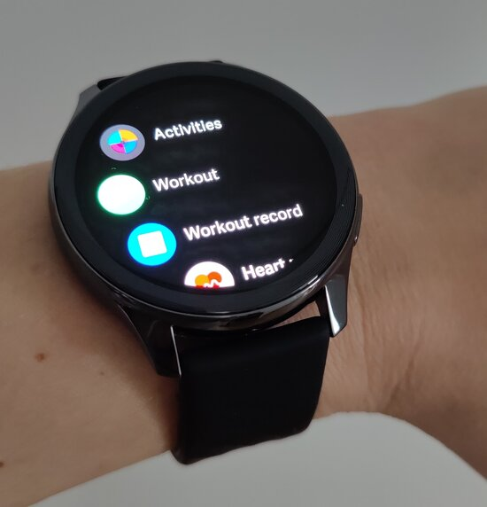OnePlus Watch features menu
