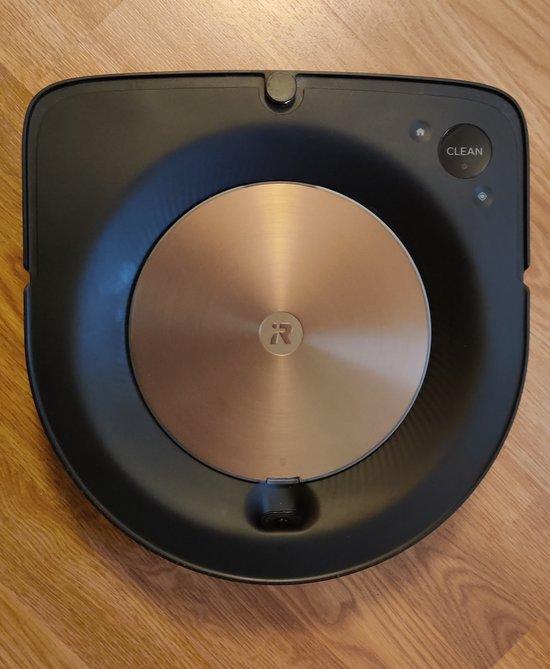 Roomba s9+ ylhäältä kuvattuna