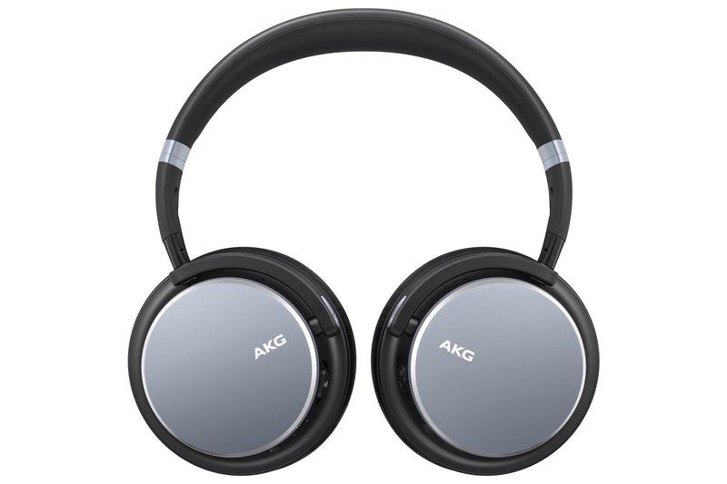 y600 kuulokkeet hopean värisenä