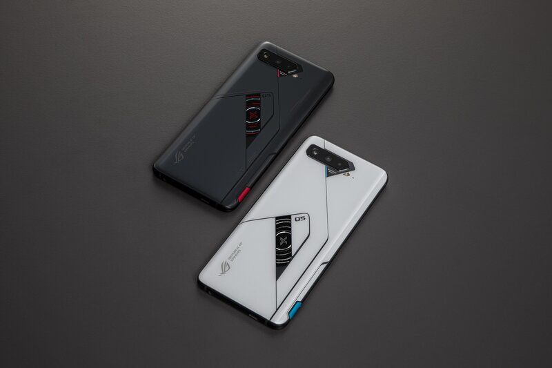 Asus Rog Phone 5 Pro ja 5 Ultimate
