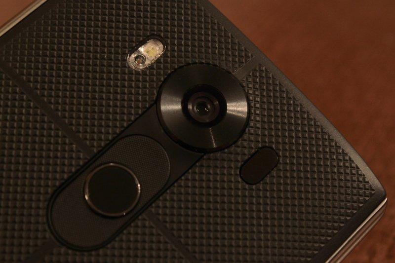 LG V10 - kamera