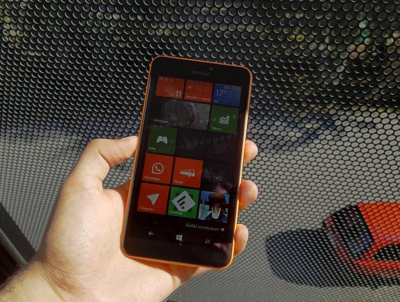 Microsoft Lumia 640 XL - muotoilu