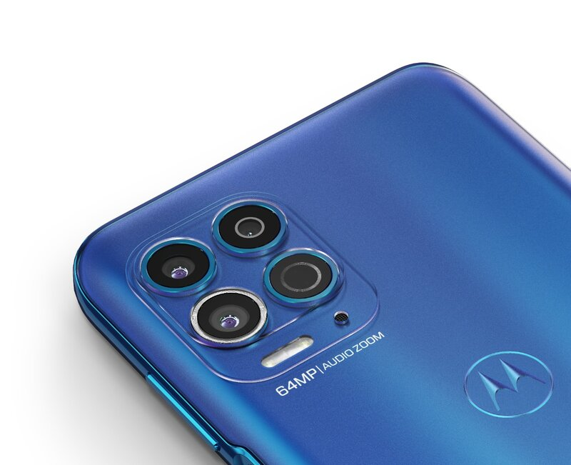 Moto G100 puhelimen takakamerat