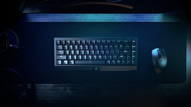 Langaton BlackWidow V3 Mini HyperSpeed langattoman hiiren kanssa