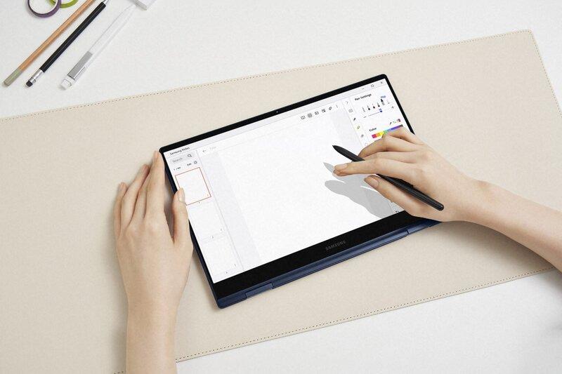 Galaxy Book Pro 360:n näyttö kääntyy 360 astetta ja koneen mukana tulee päivitetty versio S Pen -kynästä