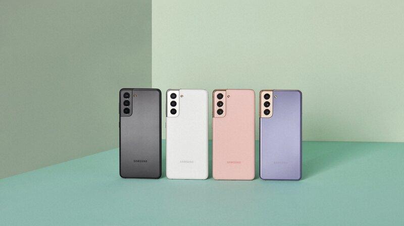 Galaxy S21 puhelimet eri väreissä