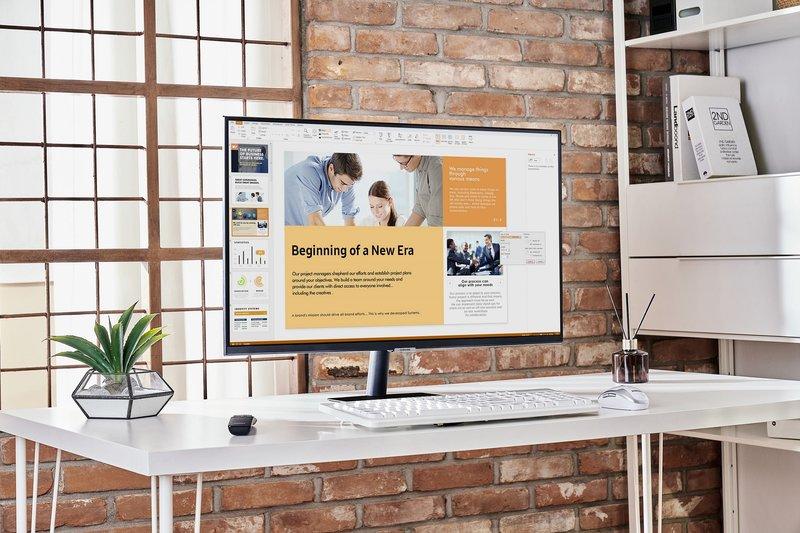 työntekoa Smart Monitor näytöllä