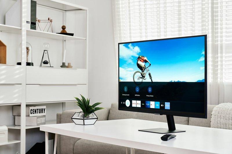 Smart Monitor näytöissä on Tizen käyttöjärjestelmä joka ehdottaa suoratoistettavaa sisältöä