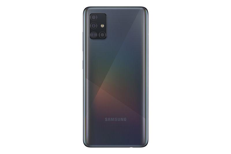 Galaxy A51 takana on neljä kameraa
