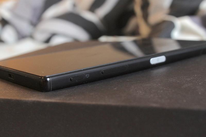 Sony Xperia Z5 Premium - muotoilu ja ulkonäkö