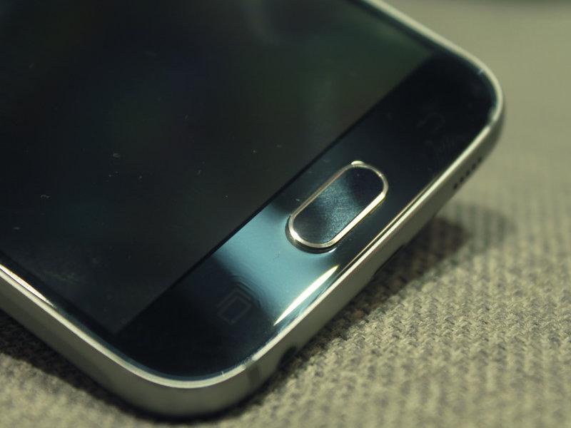 Samsung Galaxy S6 sormenjälkilukija