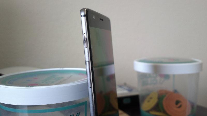 OnePlus 3 - volyymi- ja hälytyskytkimet