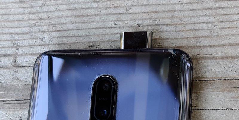 OnePlus 7 Pro etukamera