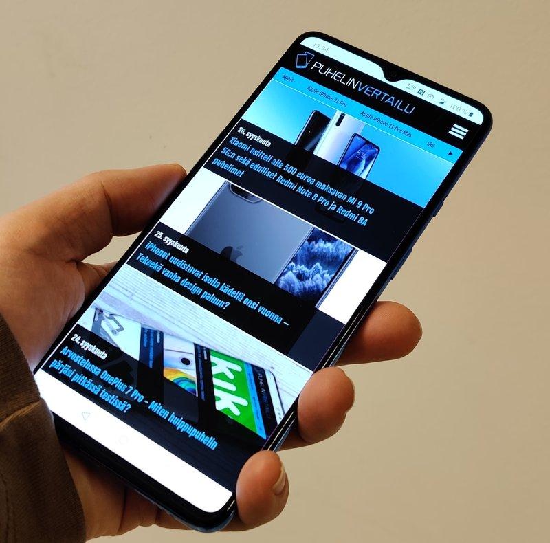 OnePlus 7T näyttö