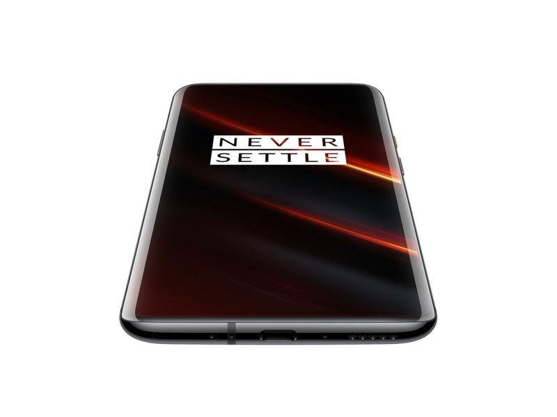 OnePlus 7T Pro McLarenissa on tyylikäs iso näyttö