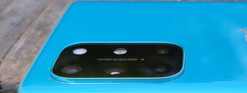 OnePlus 8T takakamerat