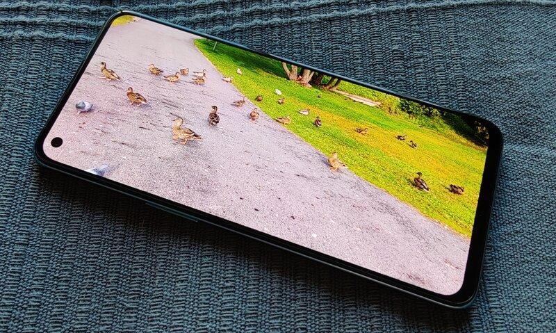 OnePlus Nord 2 näyttö, kuva 2