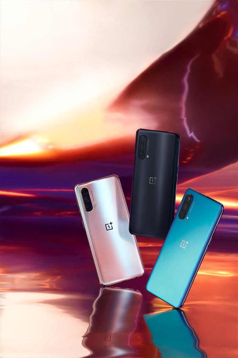 OnePlus Nord CE 5G kolmessa eri värissä