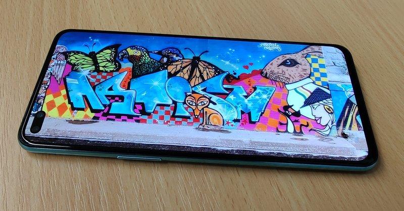 OnePlus Nord, kuva näytöllä