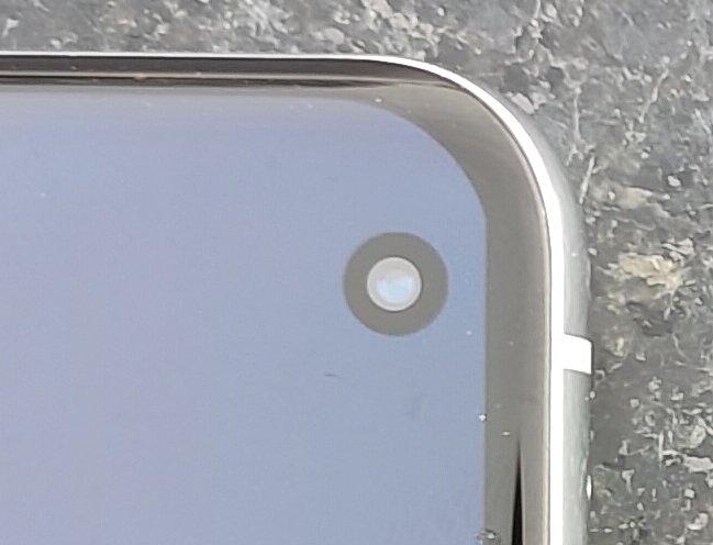 OnePlus 9 Pro etukamera