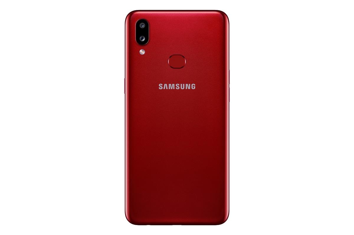 Samsung Galaxy A10s takaa punaisessa värissä