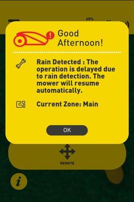 Sateella Robomow pitää taukoa