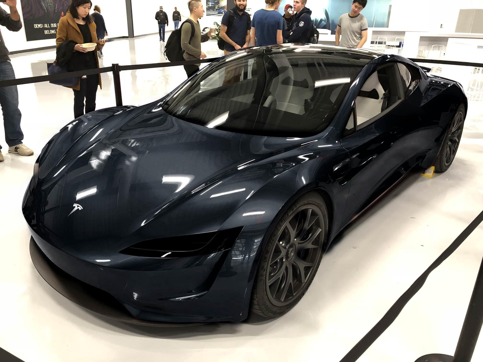 2020 Tesla Roadster >> Teslan Tuleva Hyperauto Roadster Kuvattiin Ja