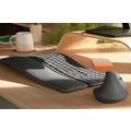 Logitechin 119 euron Ergo K860 -näppäimistö tarjoaa luonnollisen kirjoitusasennon ergonomisen muotoilun ansiosta