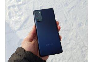 Fanien odottama Samsungin kännykkä peruttu - Syy jälleen sirupula