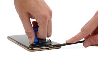 iPhone XS purettiin osiin – Sisältä löytyi pieni yllätys
