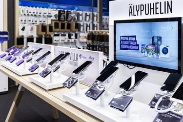 Marraskuun myydyimmät puhelimet: Black Friday kasvatti myyntiä ennätyksellisesti, Apple ja Samsung hallitsevat listoja