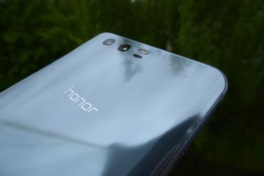 Testissä Honor 9 – haastaja huippu-Androideille