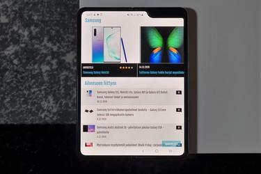 Joko nyt on aika hankkia taittuvalla näytöllä varustettu puhelin? Galaxy Foldin hinta laskenut 400 euroa!