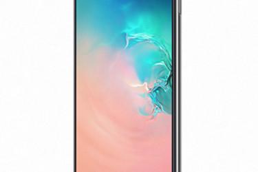 Kumpi kannattaa ostaa, Galaxy S10E vai iPhone XR?