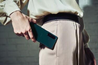 Sony julkaisi huippupuhelimet Xperia 1 III ja Xperia 5 III sekä keskitason Xperia 10 III