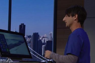 Microsoftin visio: Älypuhelin + iso näyttö = tietokone