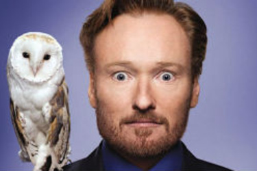 Videolla: Conan O'Brien pilkkaa Samsungia kopioinnista